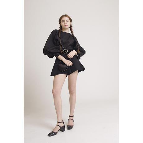 flare design short pants black