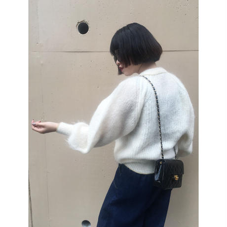 gold botton cardigan white