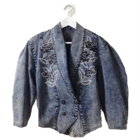 studs design denim jacket