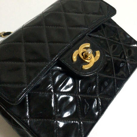 【スペシャルプライス】CHANEL enamel mini matelasse