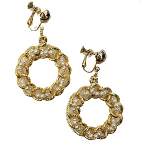 pearl gold hoop earrings