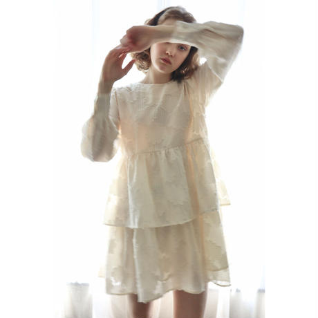 Jacquard see-through double frill onepiece ivory