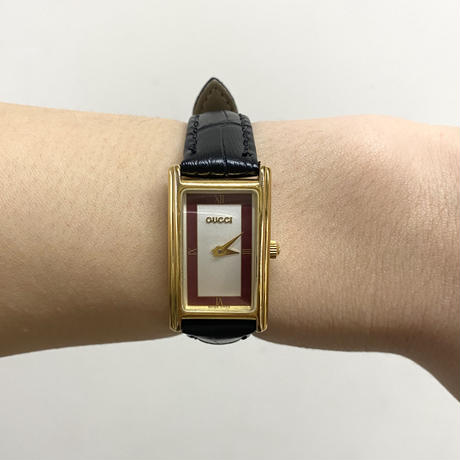 GUCCI square flame design Watch red(No.4121)