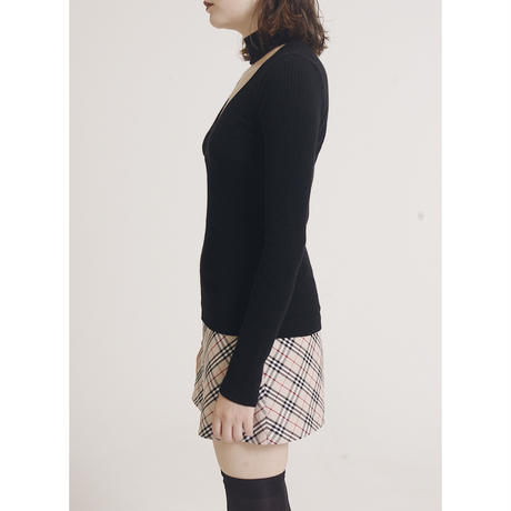 choker design Vneck knit