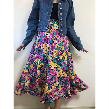 pink flower design skirt