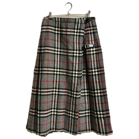 gray check pleats skirt
