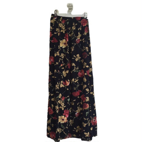 slit flower design skirt