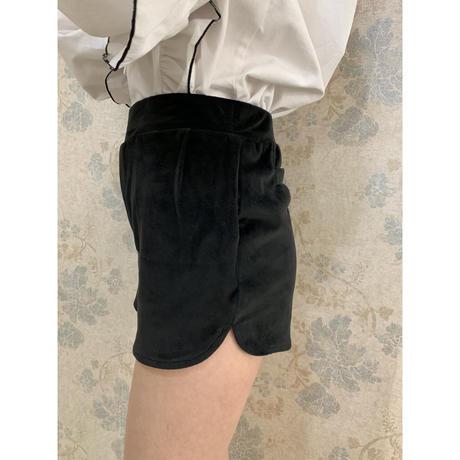 side slit velours short pants black