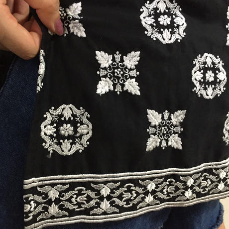 Dior embroidery tops