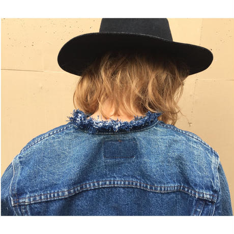 LEVIS neck cut off denim jacket blue