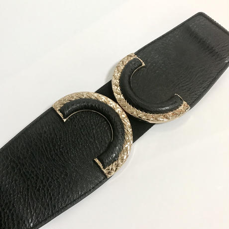 gold design buckle gom belt