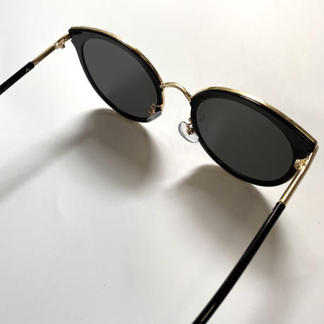 side gold frame sunglasses
