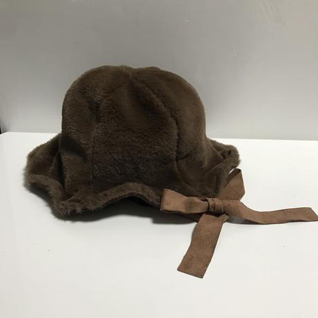 ribbon fur hat blown