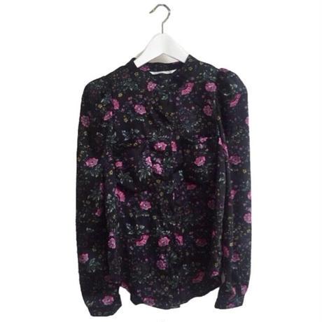 shoulder volume flower blouse