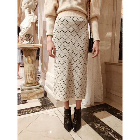 quilting design knit skirt ivory