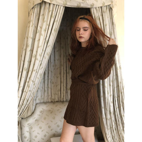 loose cable knit  brown