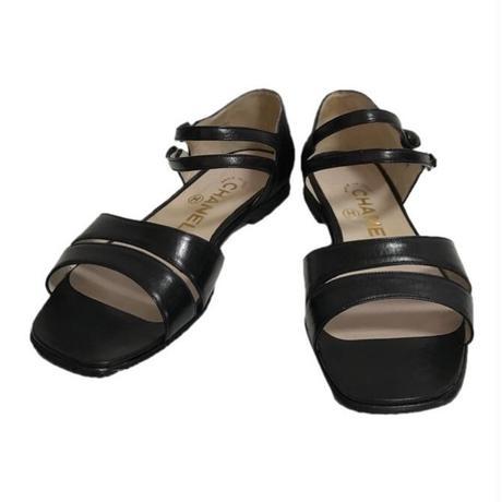 CHANEL design sandal