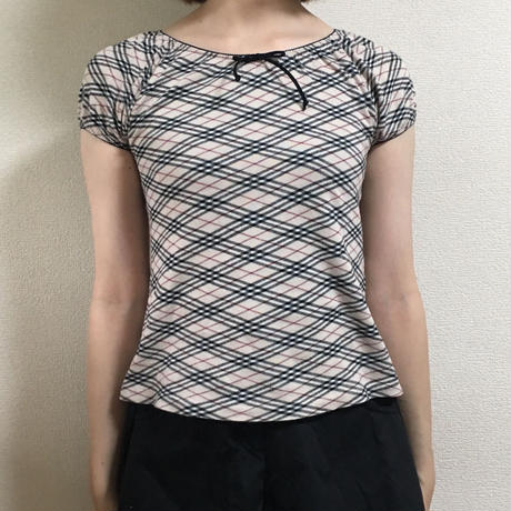 Burberry check design piping tops