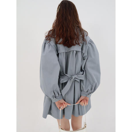 arm volume mini trench coat ice blue