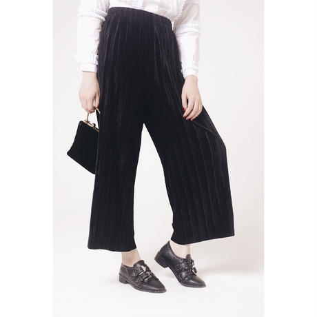 velours pleats pants black