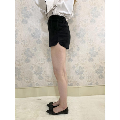 side slit velours short pants black
