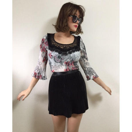 see-through pleats flower tops