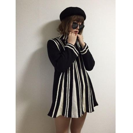 stripe turtle neck knit