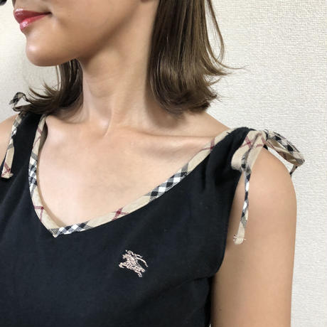 Burberry non- sleeve ribbon tops