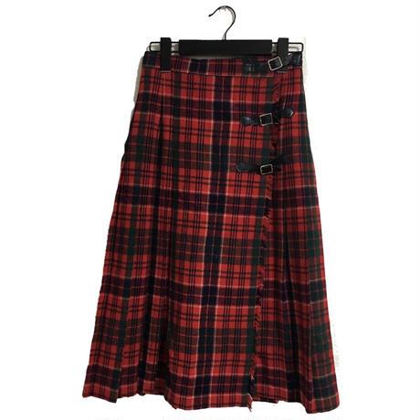 belt  pleats  check   long  skirt