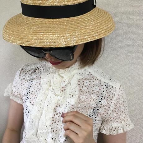 lace frill design blouse