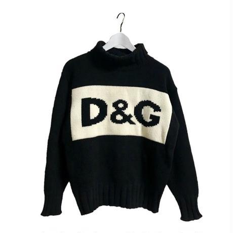 D&G big logo knit