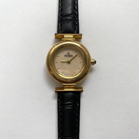 FENDI gold watch (No.4414)