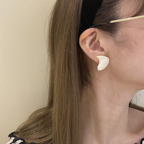 ivory vintage earring(No.4214)