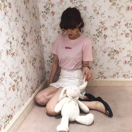 epine embroidery tee pink×red