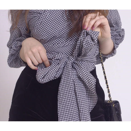 arm volume Vneck ribbon blouse gingham