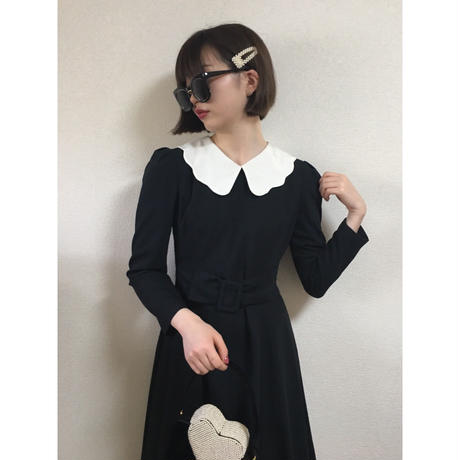 frill collar belt one-piece black