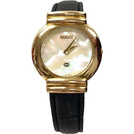 GUCCI shell design watch