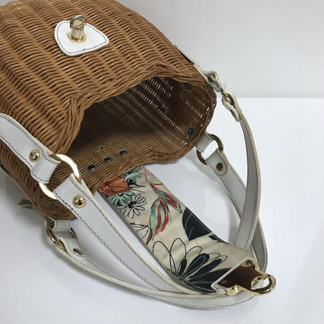 white leather design basket hand bag