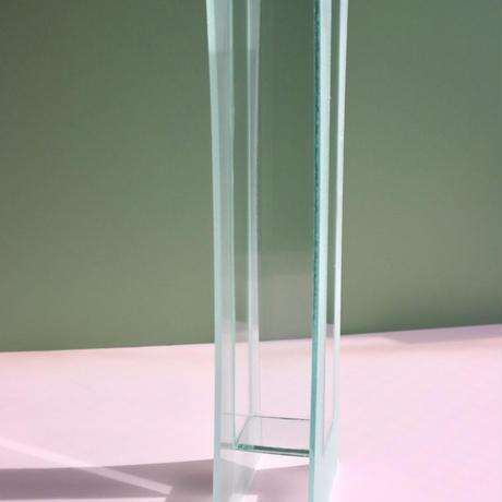 VINTAGE TRANSPARENT GLASS VASE