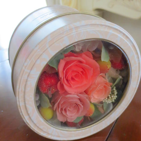 ♥スイーツ缶の贈り物♥