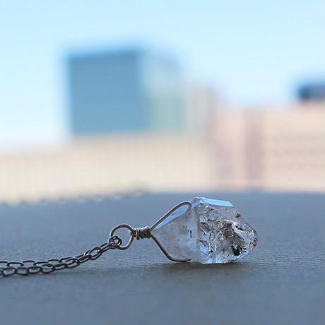 ハーキマーダイアモンドのネックレス
