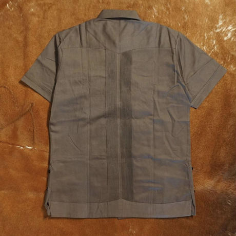"[ESG-2PL1-01S-CHB]  S/S GUAYABERA FOR TWO PIECE ""REJILLADA "" CHARCOAL x BLACK"