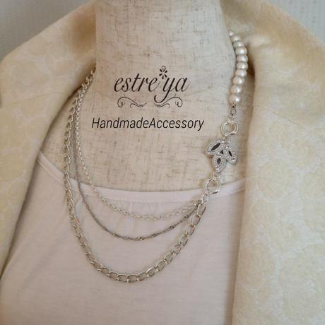 コットンパールとチェーンのネックレス
