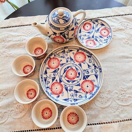 ベトナム バッチャン焼き 茶器セット 青に赤い菊の花