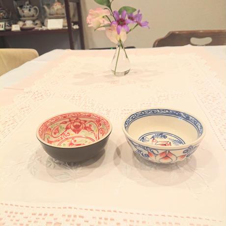 バッチャン焼き  小椀皿  蓮花柄  青