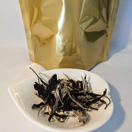 ベトナム月茶  moontea  (白茶)  15g