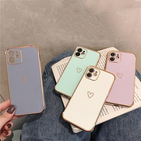 One gold heart iphone case
