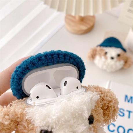 Blue hat dog fur airpods case