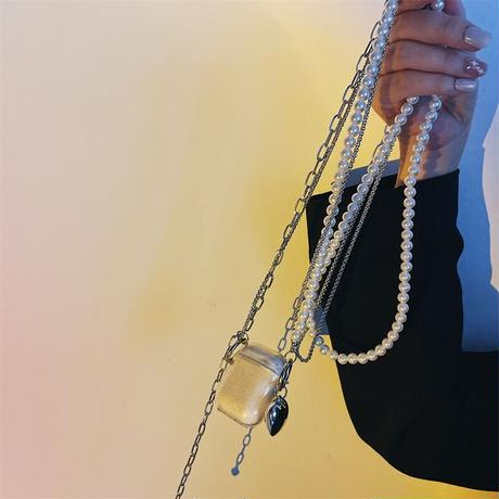 Chain airpods case