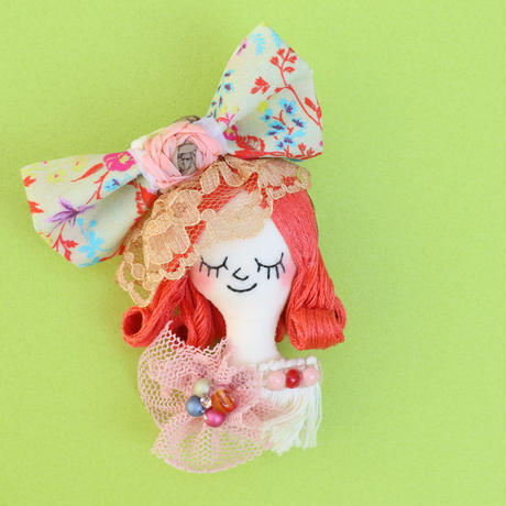 Face Brooch No.5